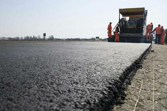 Перевірив дороги: знову Прем'єр-міністр приїздив на Черкащину (ФОТО)