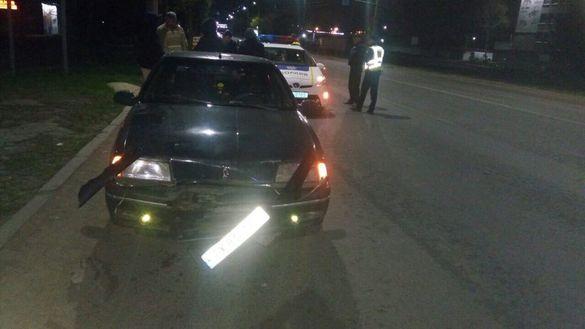 Відірване колесо від автівки спричинило ДТП у Черкасах (ФОТО)
