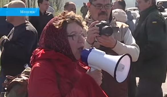 Обурені селяни на Черкащині перекривали трасу Кременчук-Канів (ВІДЕО)