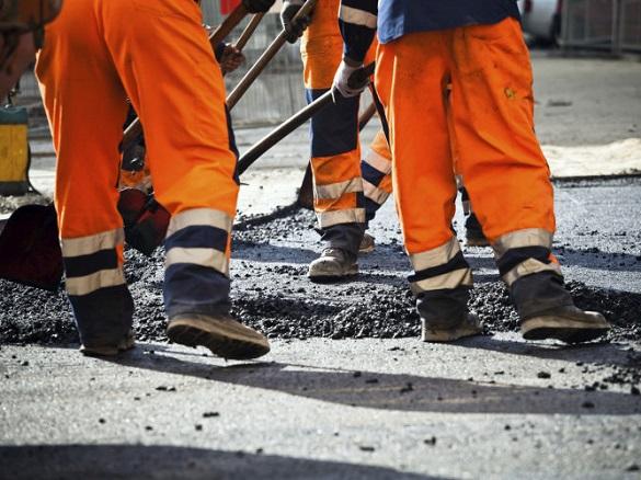 Які дороги в Черкасах розпочали та незабаром почнуть ремонтувати?