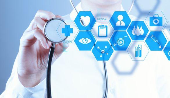 Головний медик Черкас розповів, як містяни підписують декларації з лікарями