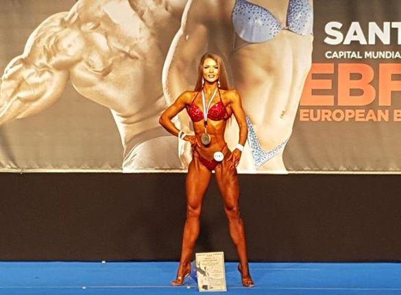 Черкащанка стала абсолютною чемпіонкою світу з бодібілдингу (ФОТО)