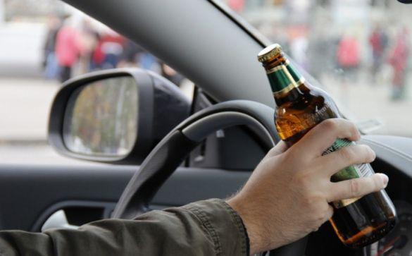 Вулицями Черкас п'яний водій їздив на самих дисках без гуми (ФОТО)