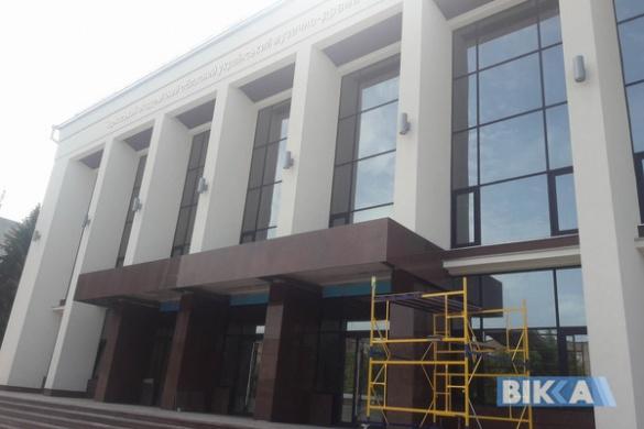 Коли завершать ремонт черкаського театру?