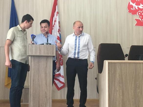 На сесії Черкаської міськради скандал через відкликаних депутатів