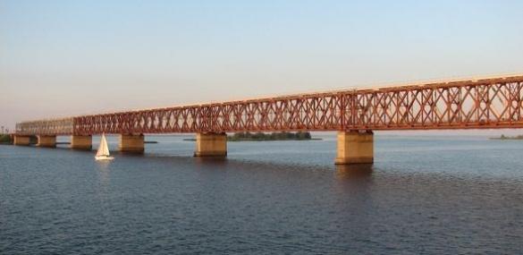 Стало відомо, коли планують завершити ремонт на черкаському мосту