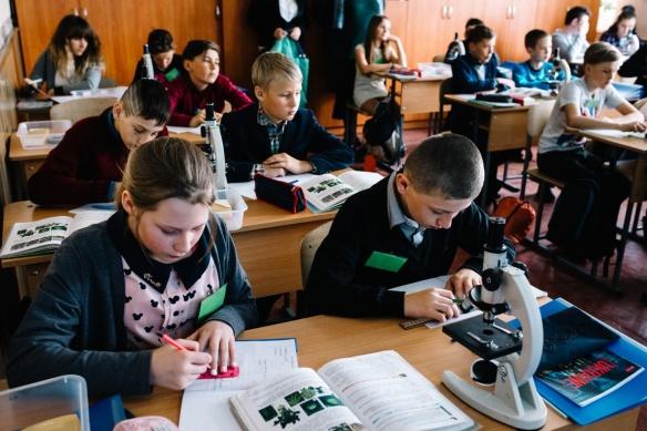 Без підручників, зате з сучасними технологіями: у Черкаській області існує