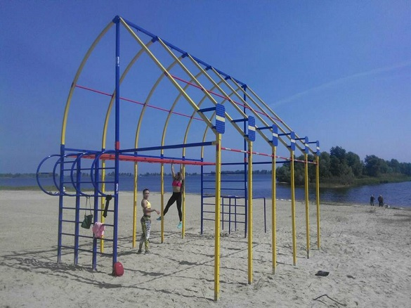 Кросфіт-майданчик із пляжу