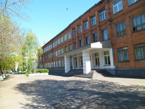 В єдиній російськомовній школі в Черкасах першокласників навчатимуть вже українською