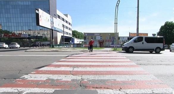 Смертельна ДТП: водій черкаського автобуса збив школярок на Київщині