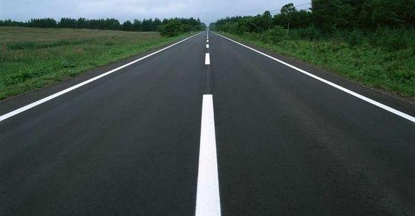 Дороги Черкаської області поновлять розміткою на понад 23 мільйони