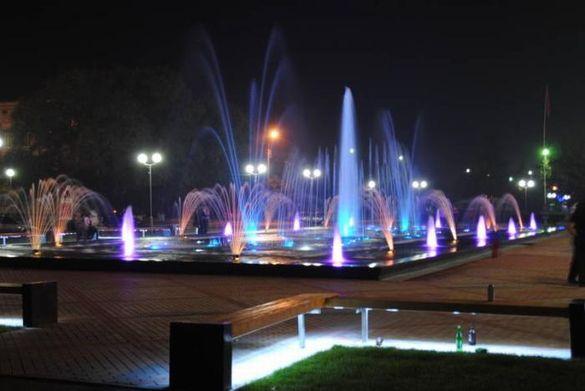На Черкащині чоловік мив радіатор від автомобіля у фонтані