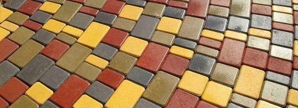 Черкасці просять облаштувати центральні тротуари плиткою