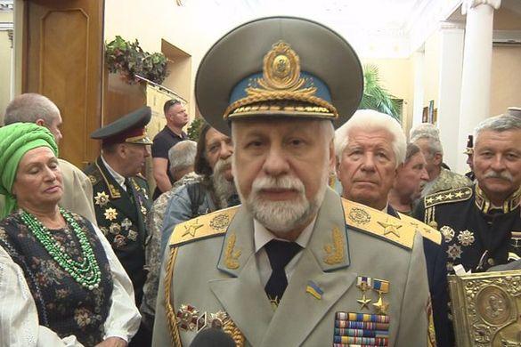 Колишнього нардепа з Черкащини обрали гетьманом козацтва всієї України (ВІДЕО)