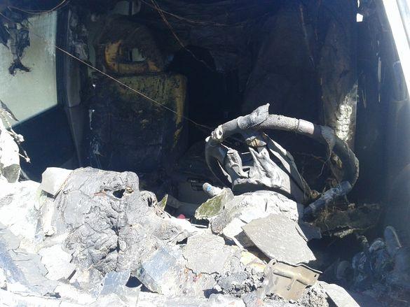 На Черкащині під час пожежі вщент згорів салон автомобіля (ФОТО)