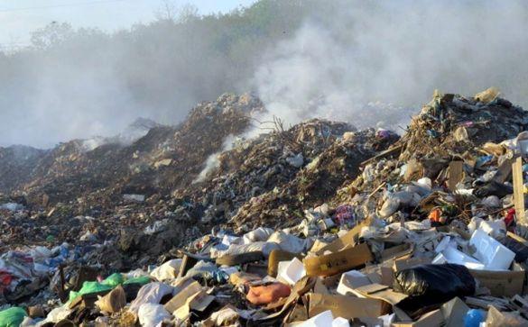 На Черкащині люди протестують проти зведення сміттєзвалища (ВІДЕО)