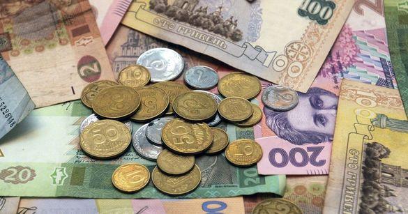 Старі купюри на псевдо-нові: на Черкащині шахраї виманюють гроші в населення