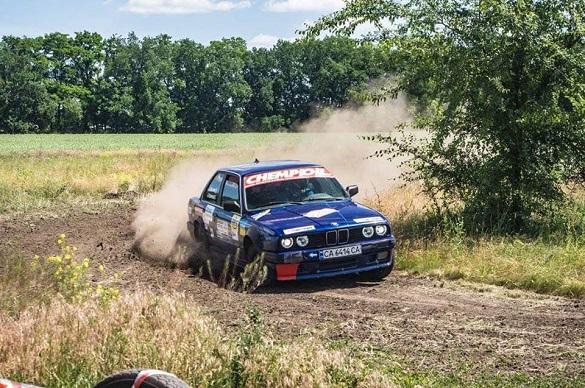 Черкаські автомобілісти тріумфували на всеукраїнських перегонах