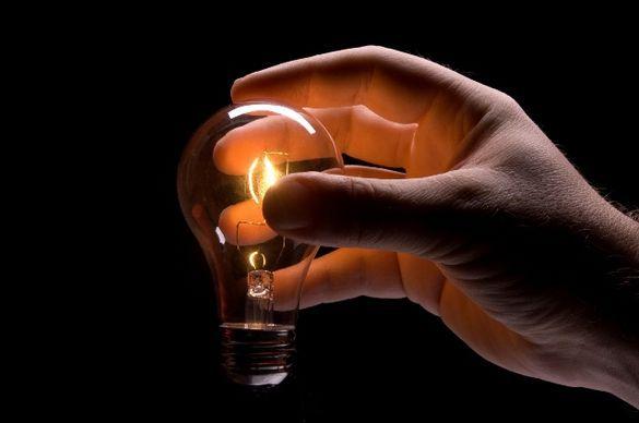 Стало відомо, у яких черкаських будинках знов відключать світло