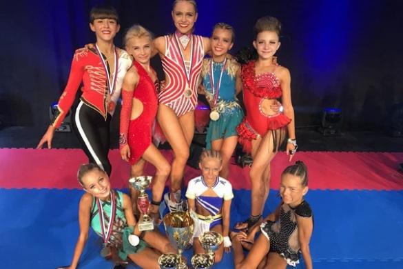 Юні черкаські спортсменки опинилися серед чемпіонів світу (ФОТО)