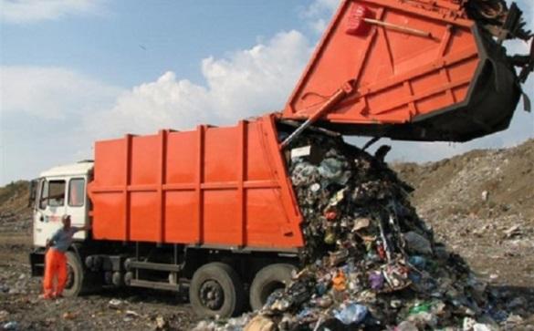 Черкаські комунальники хочуть придбати сучасний сміттєвоз за майже чотири мільйони гривень