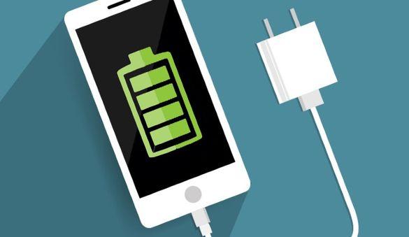 На Черкащині жителі мають змогу зарядити телефон від дерева