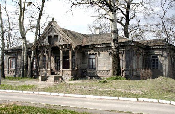 На Черкащині зберігся унікальний будинок, який спроектував відомий київський архітектор (ФОТО, ВІДЕО)
