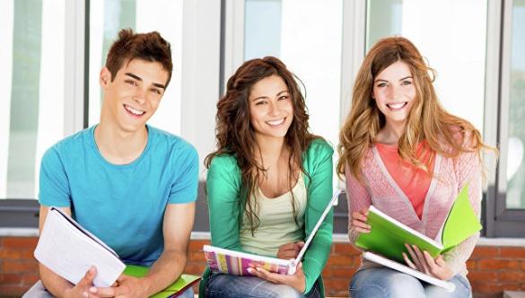 Черкаські випускники розповіли, куди подаватимуть документи на навчання (ВІДЕО)