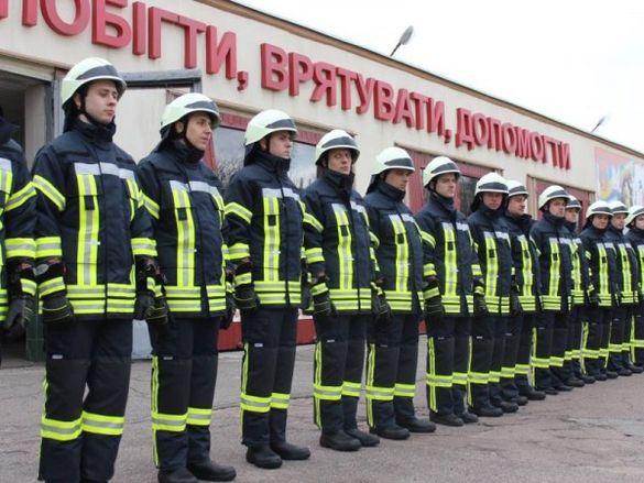 Черкаські рятувальники посилено готуються до святкування Дня Конституції