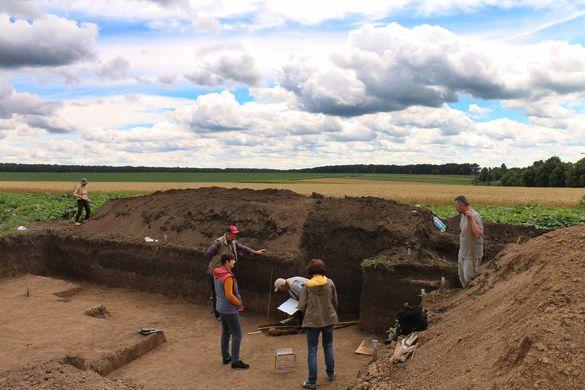 На Черкащині знайшли незвичайні поховання майже 2000-от річної давності (ФОТО)