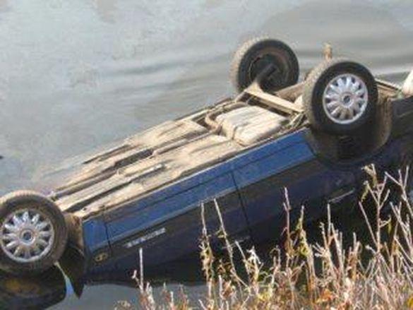 На Черкащині зі скелі звалилася автівка (ФОТО)