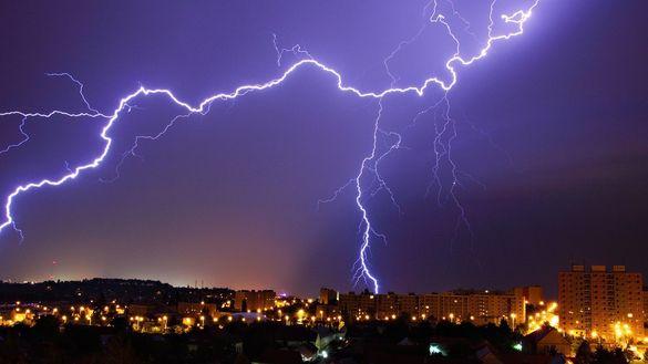 Увага: у Черкаській області попереджають про можливі грози