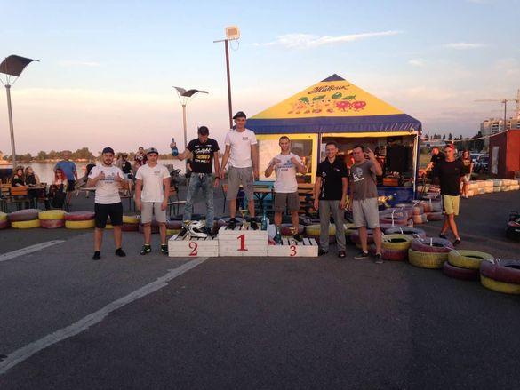 Драйв та швидкість: більше 40 аматорів змагалися у Черкасах з хобі-картингу