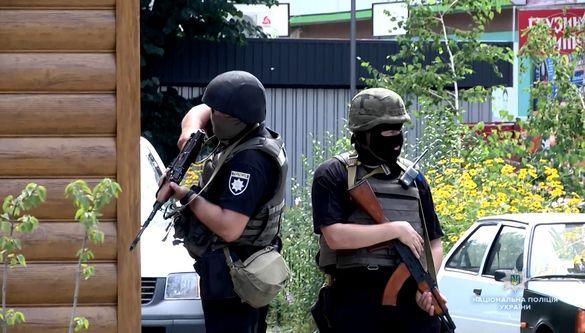У поліції пояснили, чому стріляли в центрі Черкас (ФОТО, ВІДЕО)