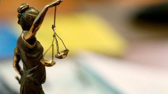 Черкаського чиновника змусять заплатити штраф за незаконні преміювання