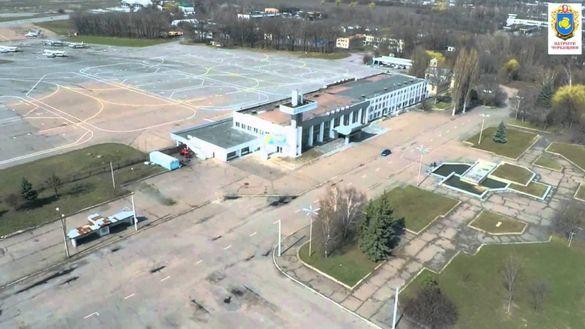 Злітну смугу черкаського аеропорту ремонтуватиме фірма з Одеси