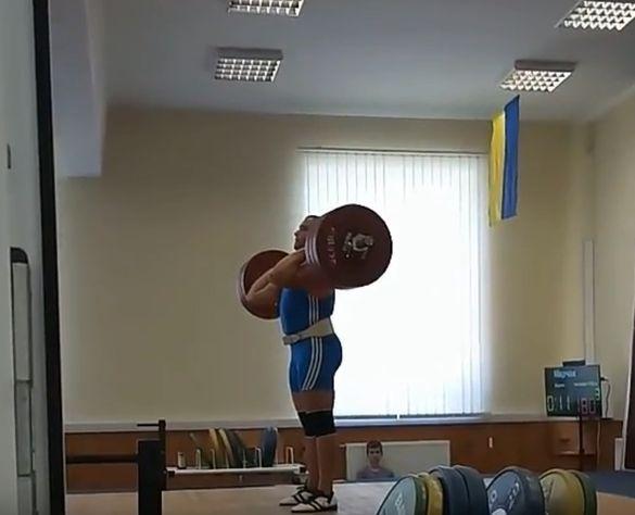 Студент з Умані став третім серед найкращих важкоатлетів України (ВІДЕО)