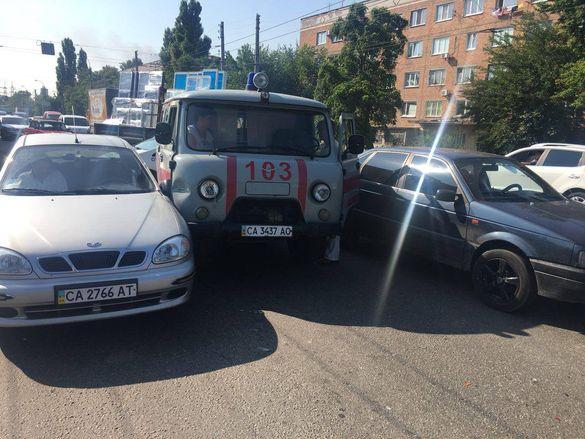 У Черкасах трапилася ДТП за участі водія швидкої