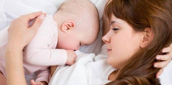 Черкаські лікарі розповіли, як правильно годувати дітей грудьми (ВІДЕО)
