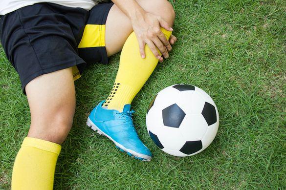 Черкащанину, який травмувався під час гри у футбол, потрібна допомога