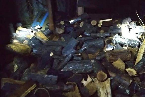 У Тальному невідомі підпалили дровник (ФОТО)