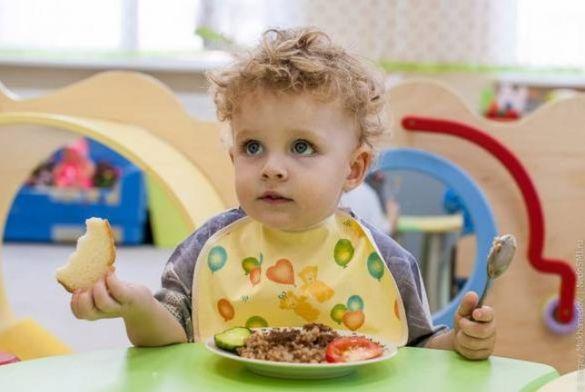 У Черкасах визначилися з вартістю харчування в дитсадках