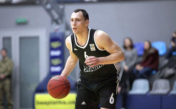 Через серйозну травму черкаський баскетболіст кілька місяців не гратиме