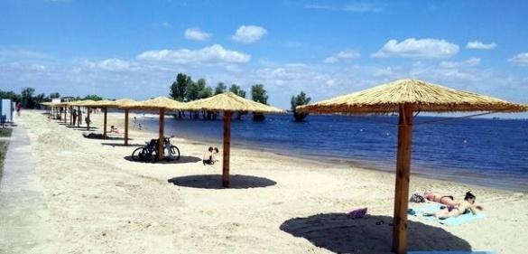 На деяких черкаських пляжах знову заборонено купатися