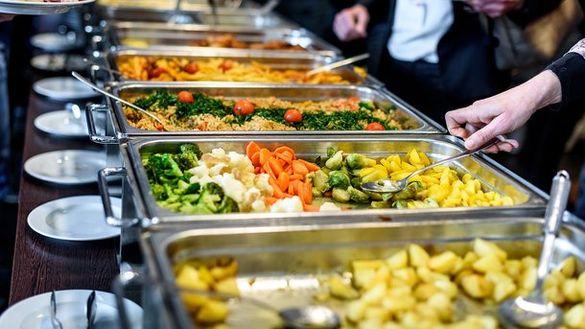 У Черкасах хочуть підняти вартість харчування у школах