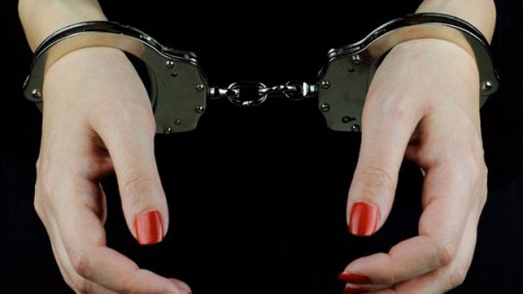 Спіймали в бані: у Черкасах викрили схему з надання інтимних послуг (ВІДЕО)