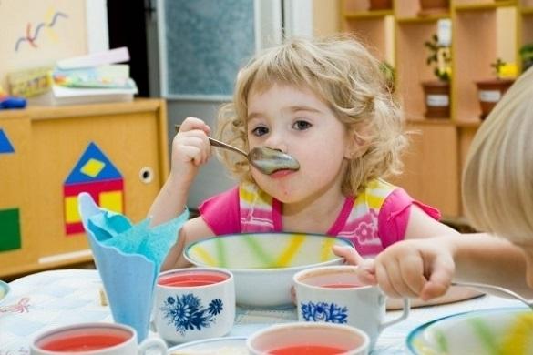 У черкаських дитсадках здорожчало харчування, на черзі - школи