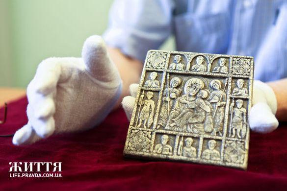 Ікону, яка могла належати Володимиру Мономаху, знайшли на Черкащині (ФОТО)