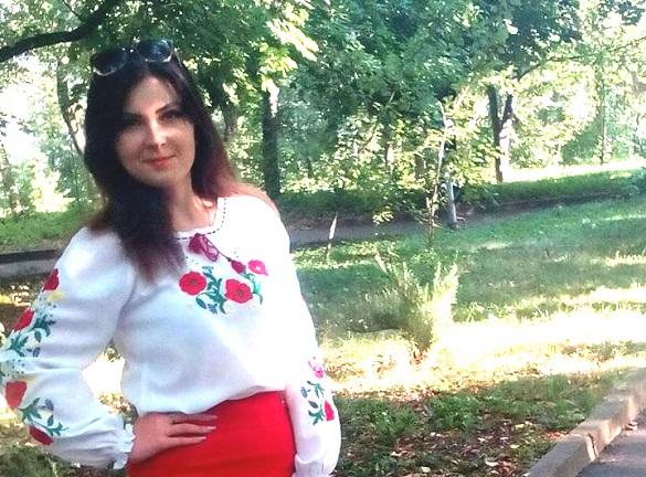 Поховали у весільній сукні: стали відомі деталі трагічної аварії у Кам'янці