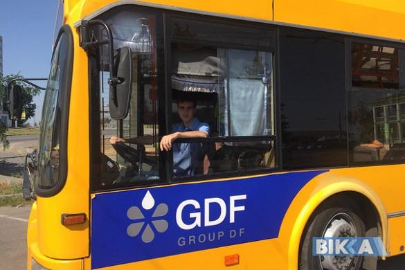 Релакс за кермом тролейбуса: молодий черкащанин втілив мрію всього свого життя